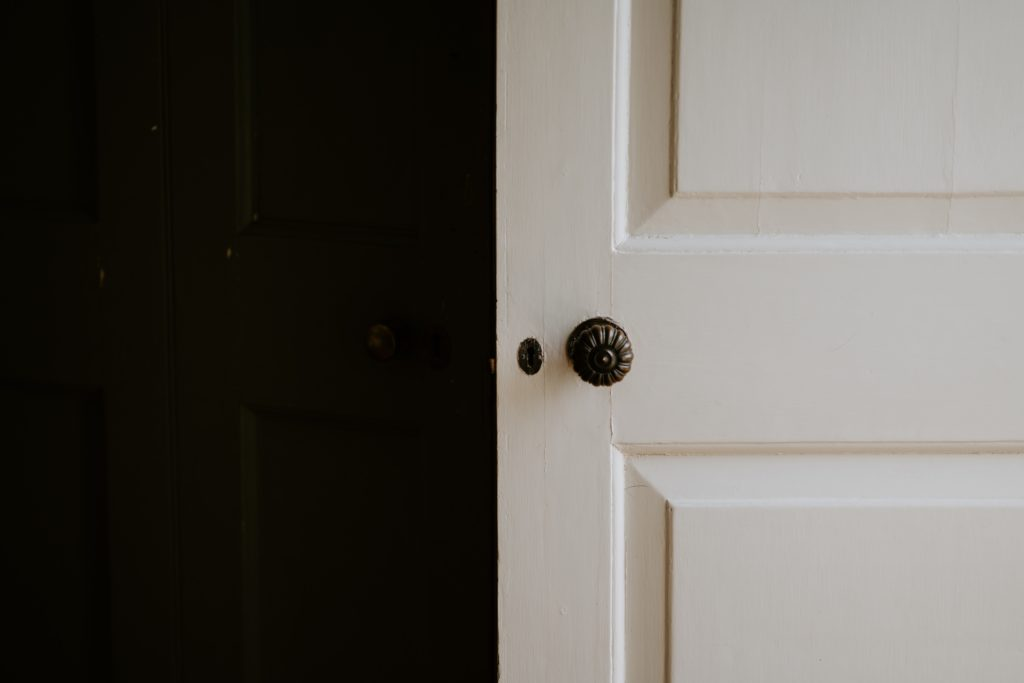 How To Fix A Sagging Door >> Door Repair How To Fix A Sagging Door In Out Property