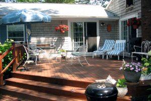 back deck, dayton handyman, handyman in dayton, seal deck, seal back deck, stain deck, stain back deck